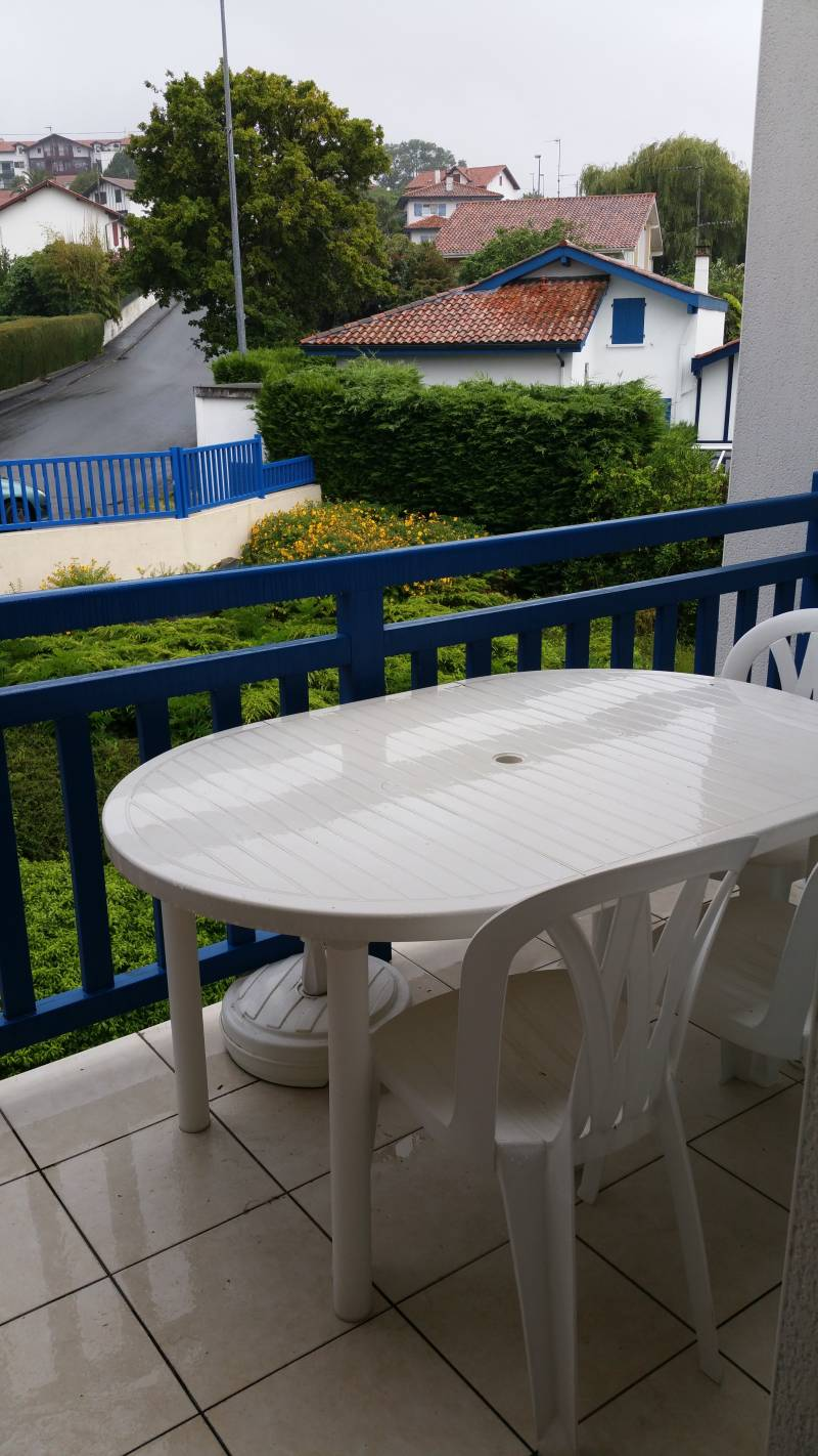 Vente appartements hendaye appartement t4 avec for Location garage hendaye
