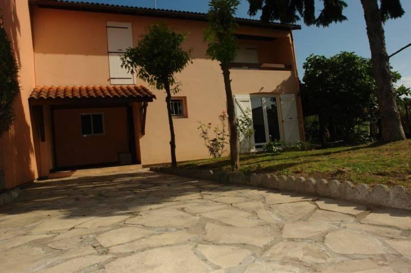 Vente maisons villas hendaye 64700 belle villa for Location garage hendaye